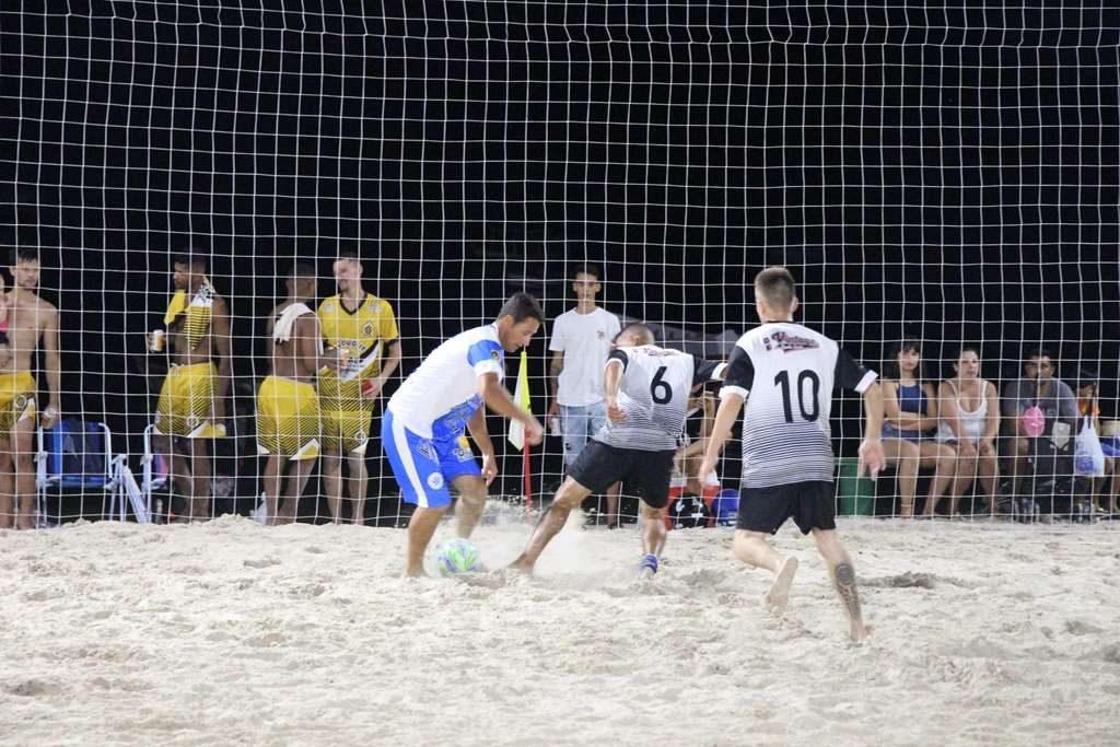 PORTO BELO – Estrela Azul sai na frente na primeira fase do Campeonato de Praia em Porto Belo
