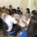 Vacinadores recebem treinamento sobre a campanha de vacinação contra sarampo
