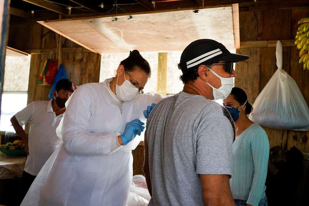Ranchos foram visitados pela equipe da Secretaria de Saúde Créditos: Manuel Caetano