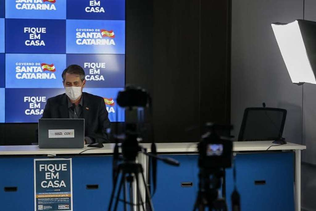 Atualização dos dados foi feita pelo secretário de Saúde, André Motta Ribeiro(Foto: Governo de SC/Divulgação)