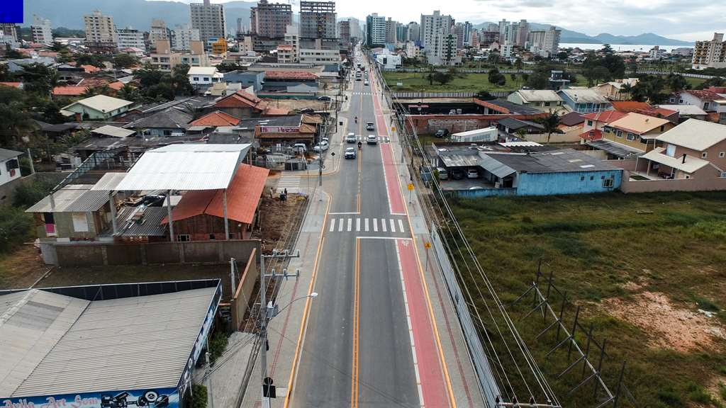 PORTO BELO - Porto Belo conclui asfalto da Hironido Conceição dos Santos