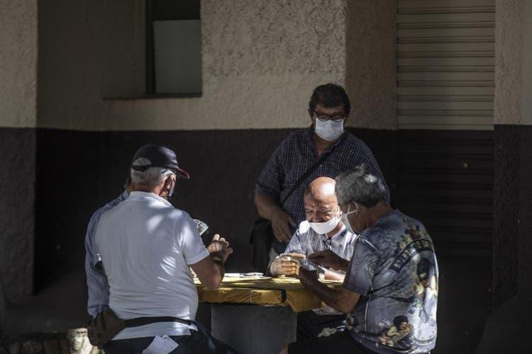 SC tem mais de 80 mil casos confirmados de coronavírus e 1.042 mortes