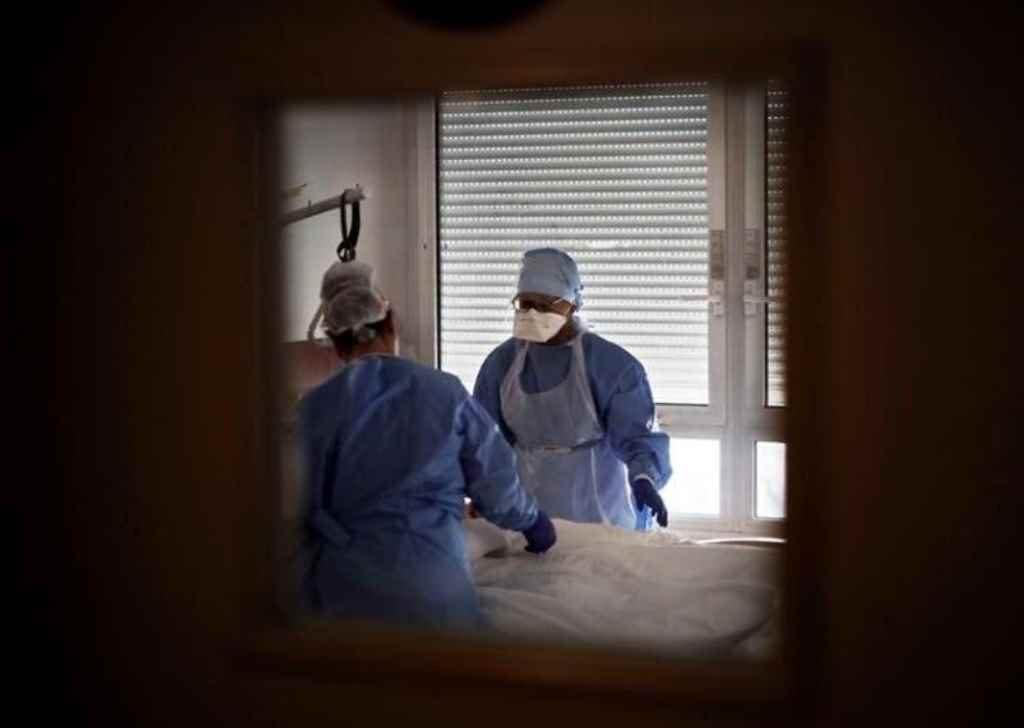 SC chega a marca de 220 mil casos confirmados de coronavírus e tem mais de 2,8 mil mortes