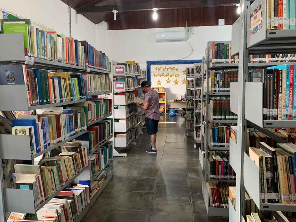 Biblioteca Municipal tem mais de 14 mil obras disponíveis à população