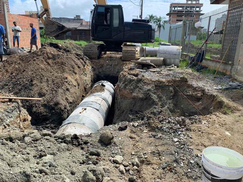 Semana inicia com obras de infraestrutura em Itapema