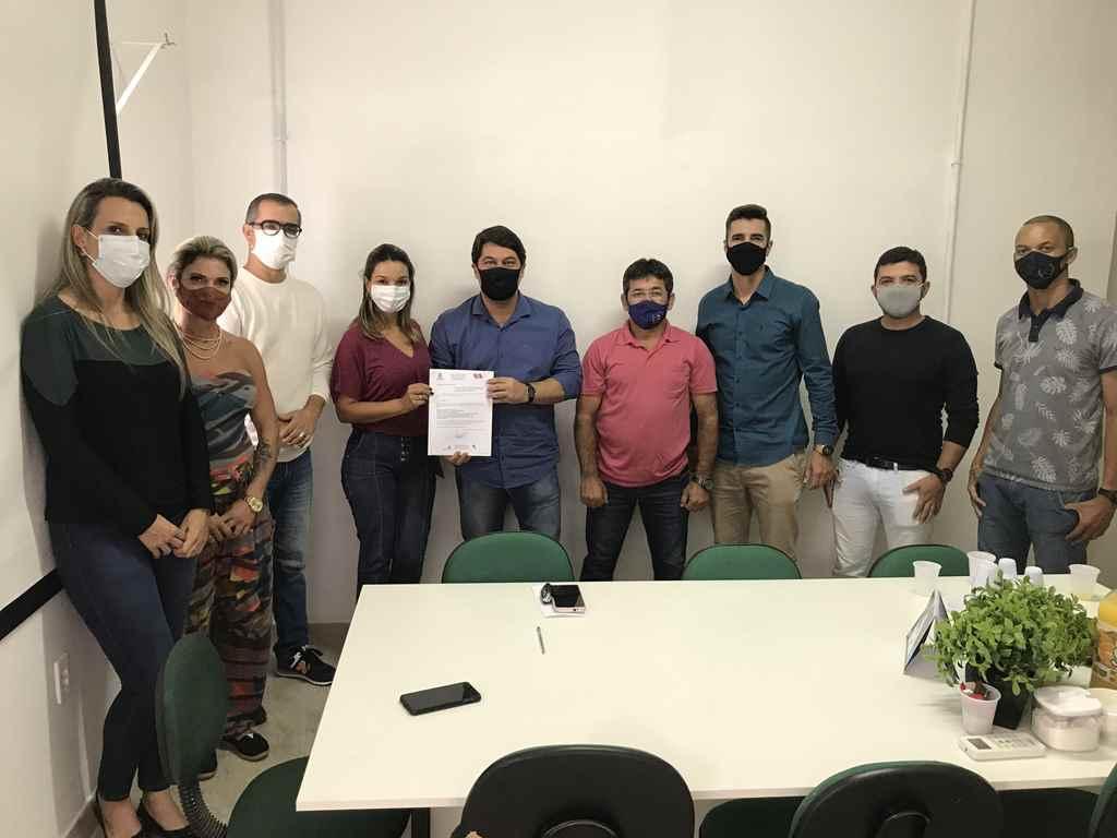 PORTO BELO - Governo de Porto Belo destina recursos próprios para a compra de exames