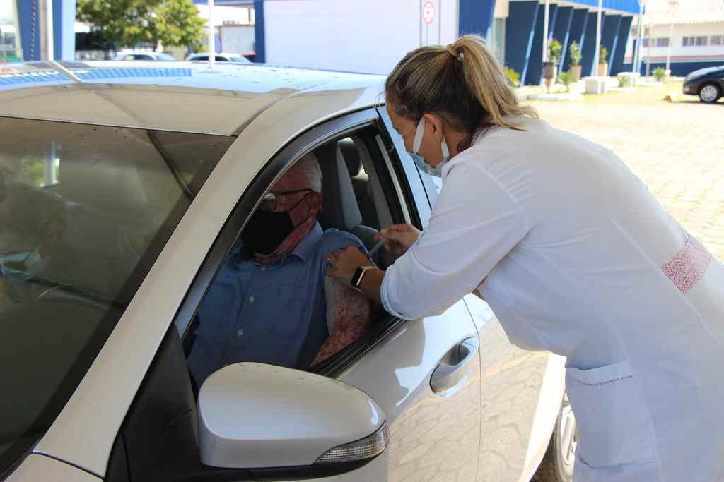 PORTO BELO - Porto Belo passa a vacinar idosos acima de 60 anos contra o coronavírus