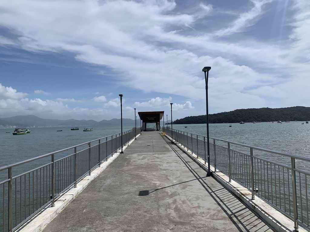 PORTO BELO – Porto Belo realiza manutenção no Píer Municipal