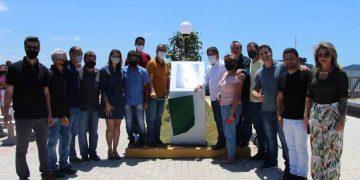PORTO BELO - Porto Belo inaugura nova praça de frente para o mar