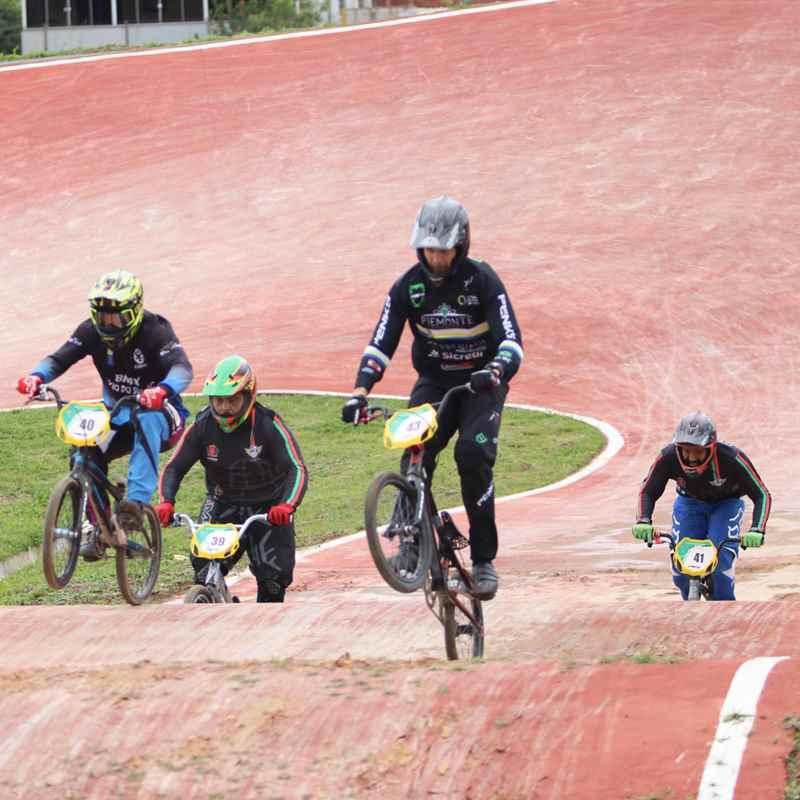 Pedala Itapema no Pódio do Campeonato Paranaense de BMX