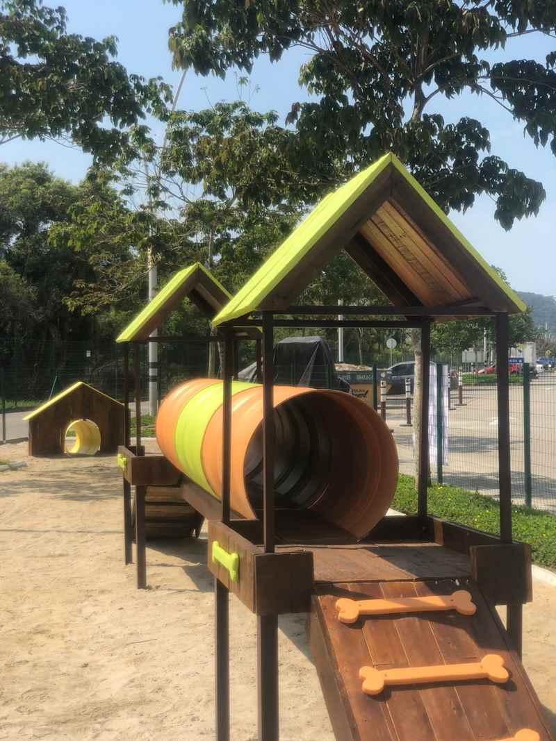 Brincadeiras de rua, música e oficina de culinária marcam o feriadão de Dia das Crianças no Porto Belo Outlet Premium - (Pet Park) Foto: Divulgação