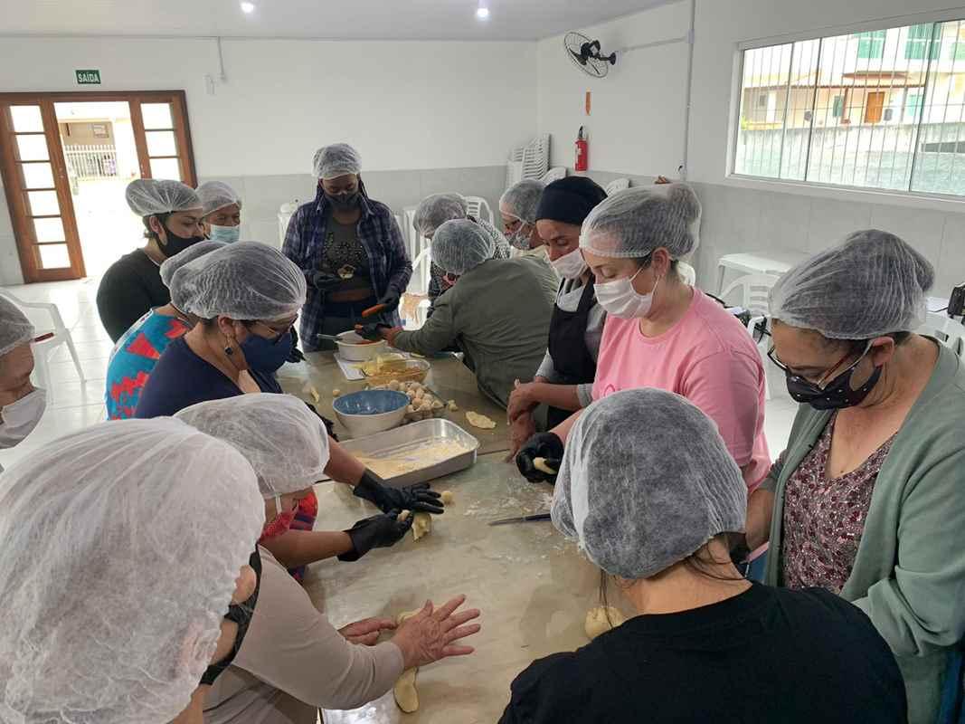 Programa Itapema de Oportunidades oferece oficina gastronômica de salgados