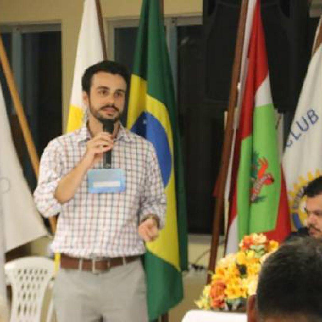 Fórum reúne entidades e governos para discutir sobre o Rio Perequê