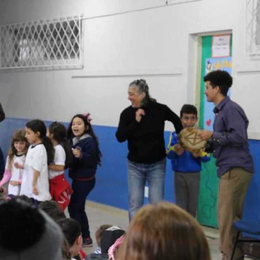 BOMBINHAS – Escolas Bombinenses aplaudem Show Instrumental